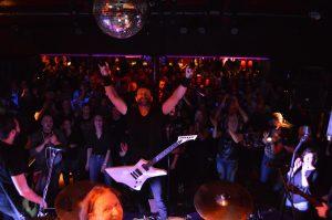 mytallica-freudenburg-ducsaal-2015-andreas-adam-esp-ltd-guitar-snakebyte-fans
