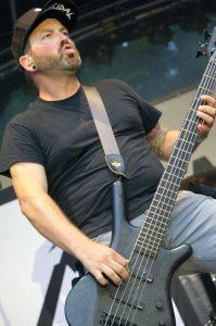 Metallica-Cover-Band-MYTALLICA-WÜRG-Im-Park-Wülfrath-2017-Wupper-Paparazzi_Bass