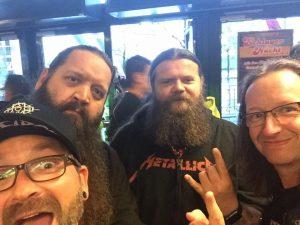 Metallica-Tribute-Band-MYTALLICA-Deutschland-Lanxess-Arena-Viking-Fans