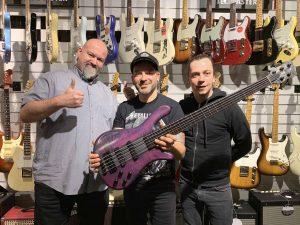 robert-trujillo-warwick-streamer-signature-bass-purple-nirvana-black-hardline-music-wuppertal