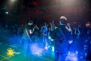 mytallica-papenburg-alter-gueterbahnhof-2019-legenden-des-rock-fehnblogger-publikum