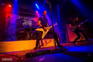 mytallica-tribute-band-turock-essen-2019-metti-zimmer-flying-v