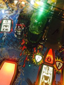 metallica-tribute-pinball-2016-green-snake
