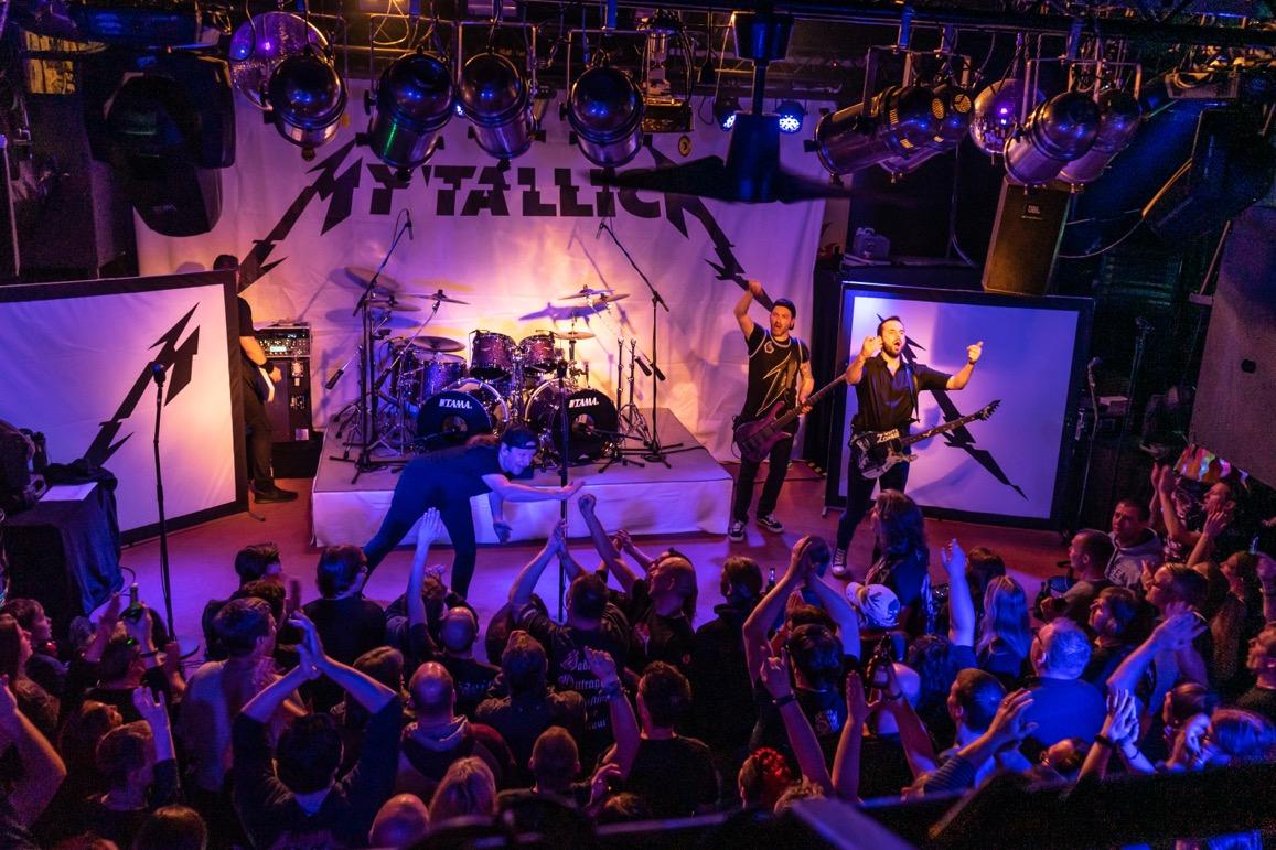 MYTALLICA-Live-Luebeck-Riders-Cafe-2019-DSC-01446-Publikum-Totale