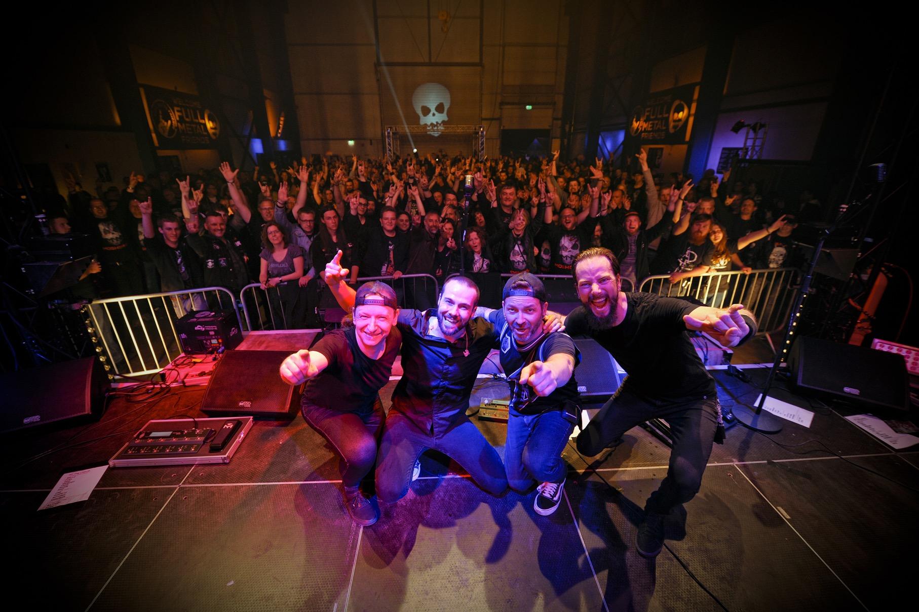 mytallica-mosh-n-may-festival-schapen-deutschland-2019-5374-thank-you-stage