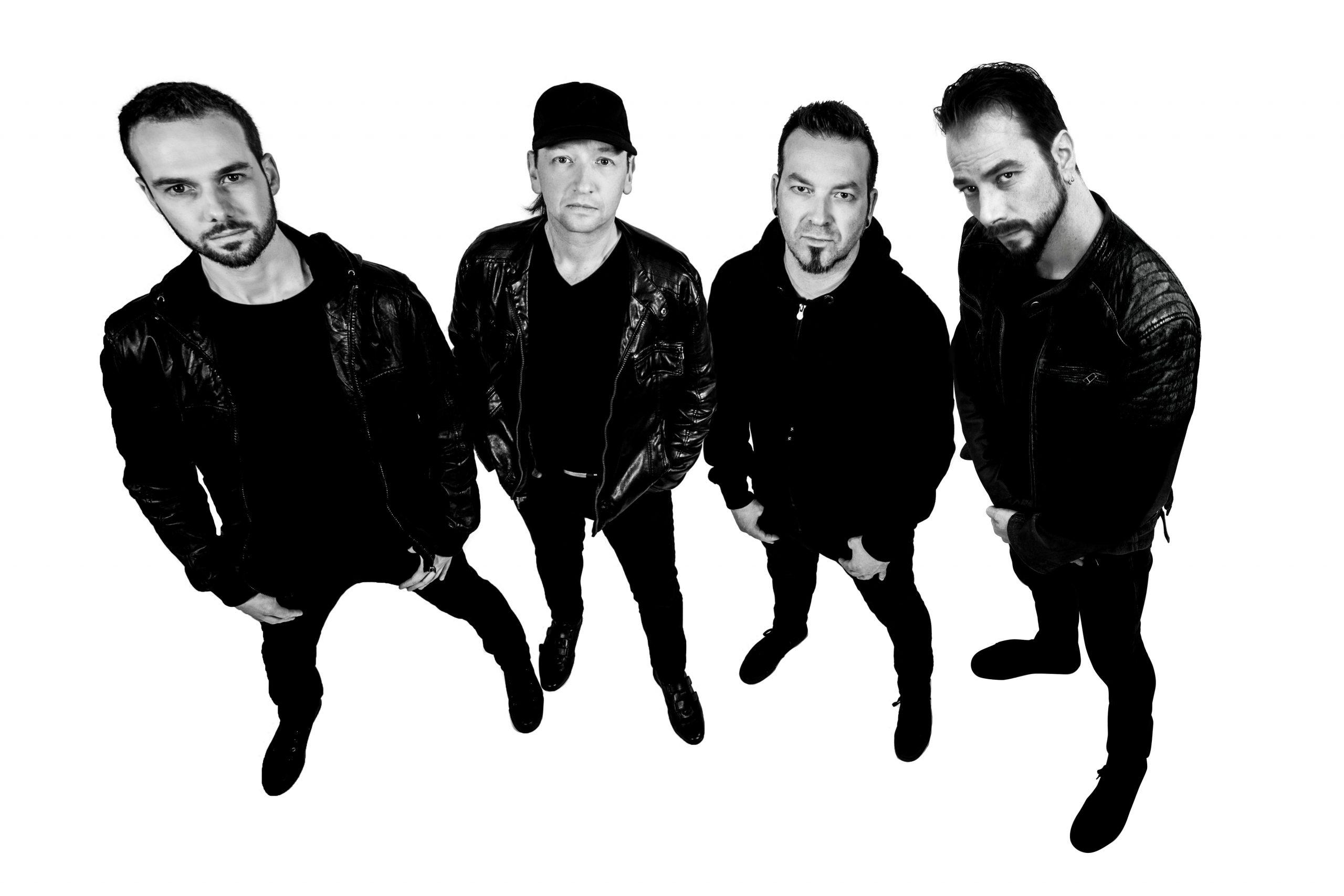 metallica-tribute-band-mytallica-pressefoto-metti-zimmer-schwarz-weiß