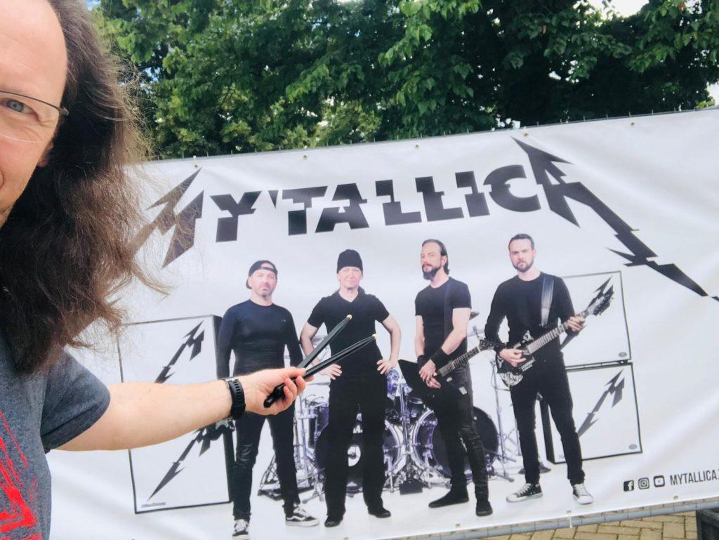 mytallica-stephan-zender-trier-arena-bauzaunbanner-2021